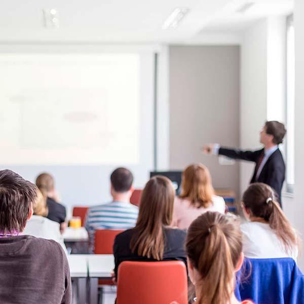 Misiones Académicas y Empresariales